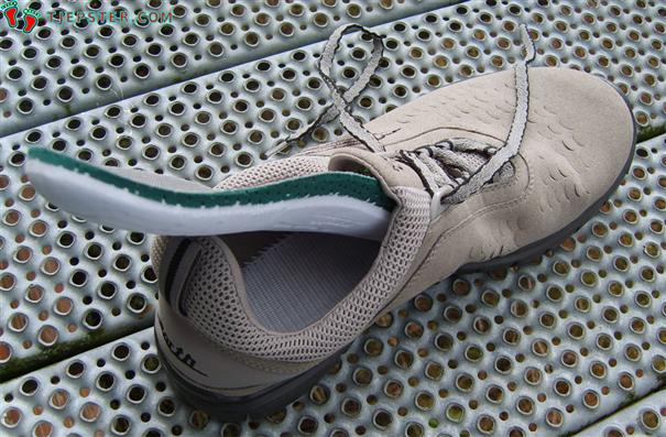 Removable Insole in Earth Footwear Kalso Lite Running Shoes