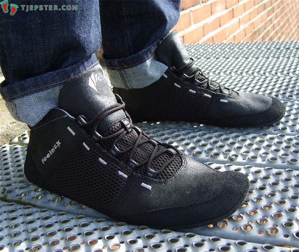 Wearing the Feelmax Panka Barefoot Running Shoes