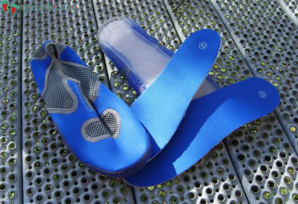 Removable insoles in aqua shoes